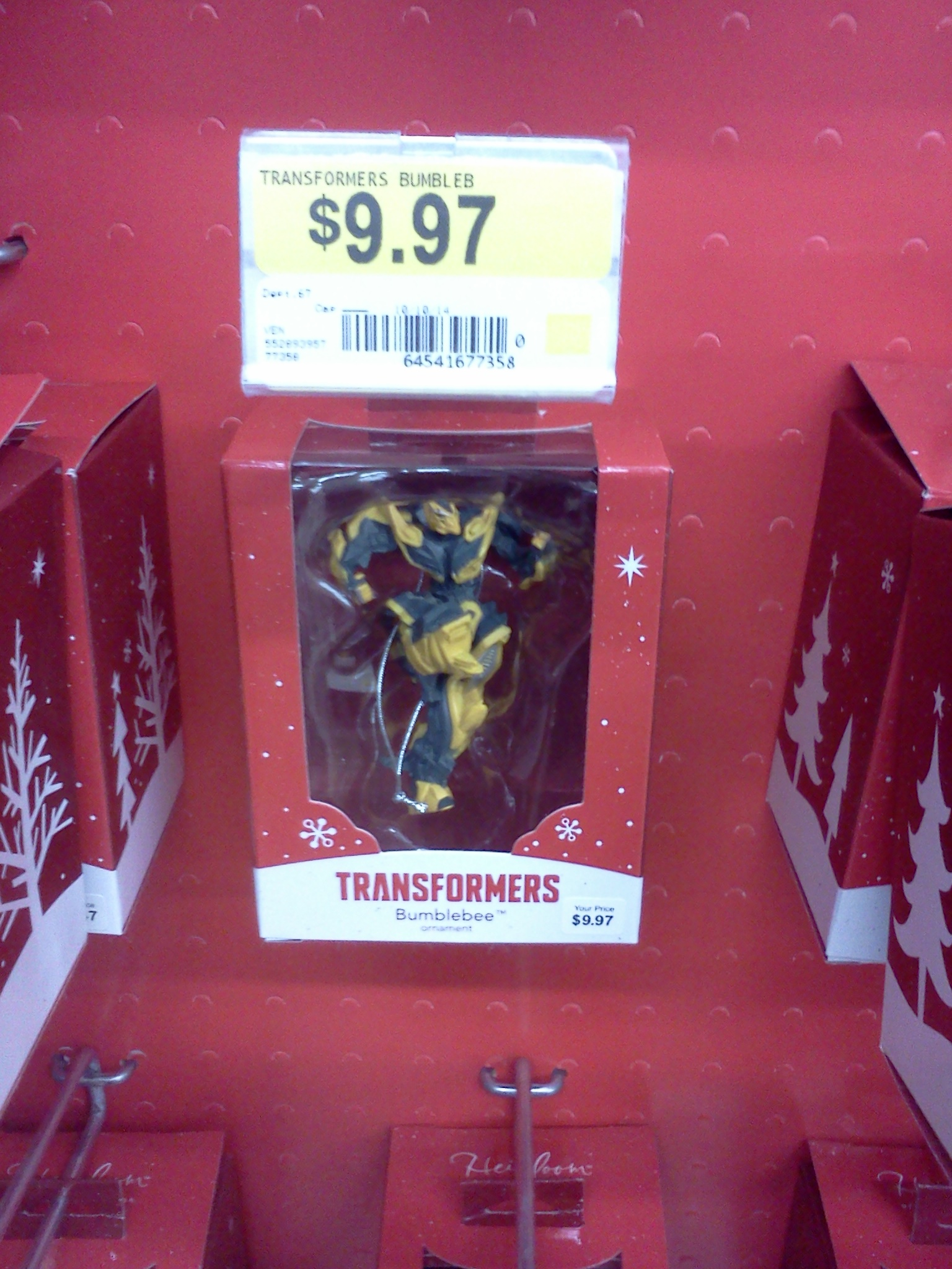 The Holiday Season Must Be Right Around Corner As TFW2005 Boards Yaujta Relayed To Us A Recent Find Of New Transformers Bumblebee Ornament