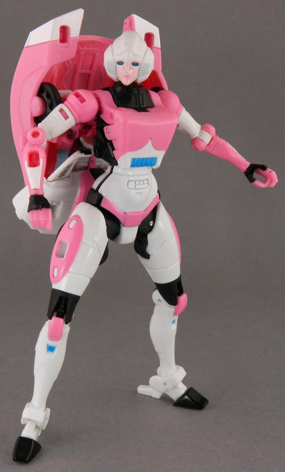 Arcee-Robot-009