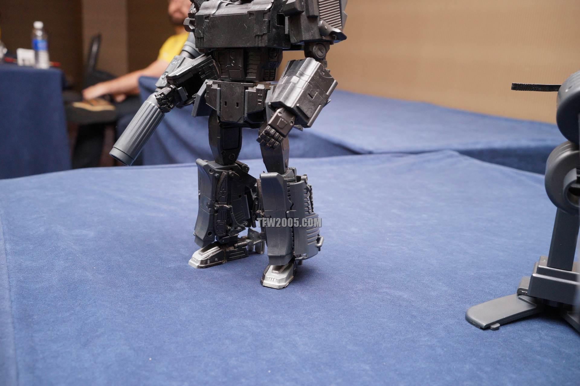 [X-Transbots] Produit Tiers - Jouet MX-1 Apollyon - aka Mégatron DSC08546_1414278766