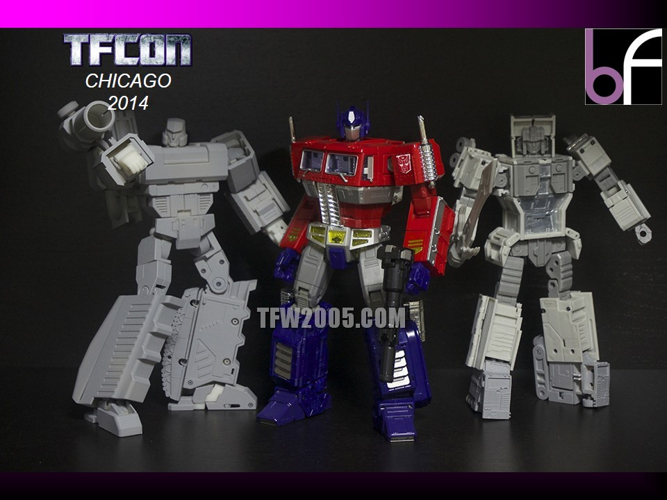 [Bold Forms] Produit Tiers - BF-01 Gladius (aka Mégatron G1) + Lone Wolf (aka Menasor/Menaseur G1) TFCon-2014-3rd-Party-102_1414272612