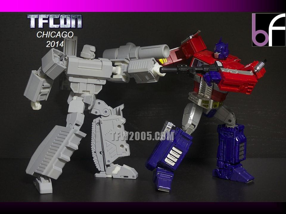 [Bold Forms] Produit Tiers - BF-01 Gladius (aka Mégatron G1) + Lone Wolf (aka Menasor/Menaseur G1) TFCon-2014-3rd-Party-103_1414272612