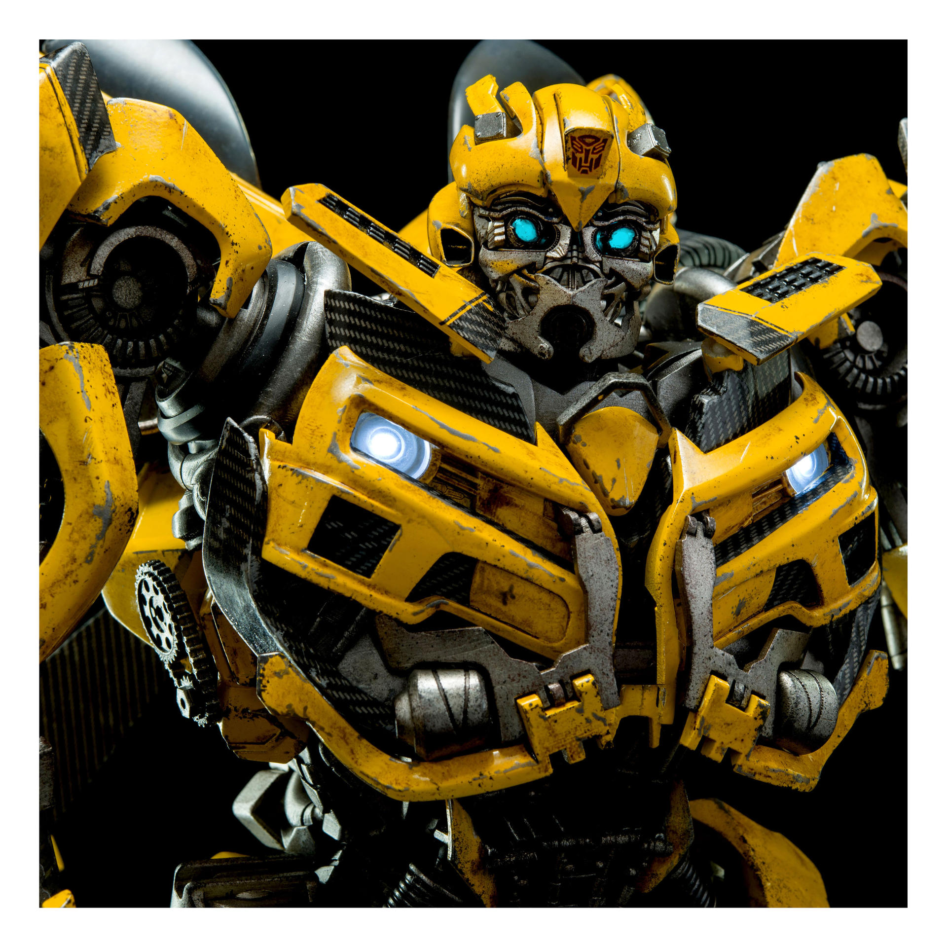 new images and info of 3a transformers dark of the moon bumblebee