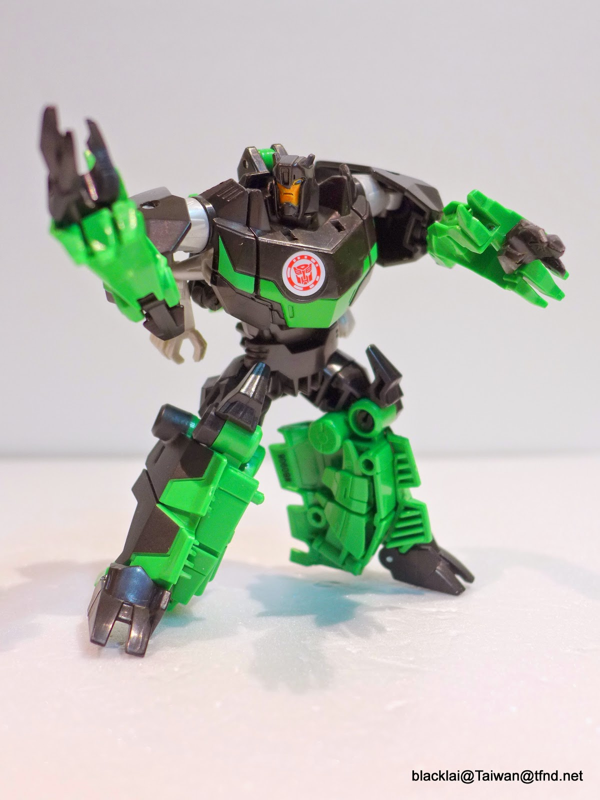 Closer Look At Transformers Robots In Disguise Warrior