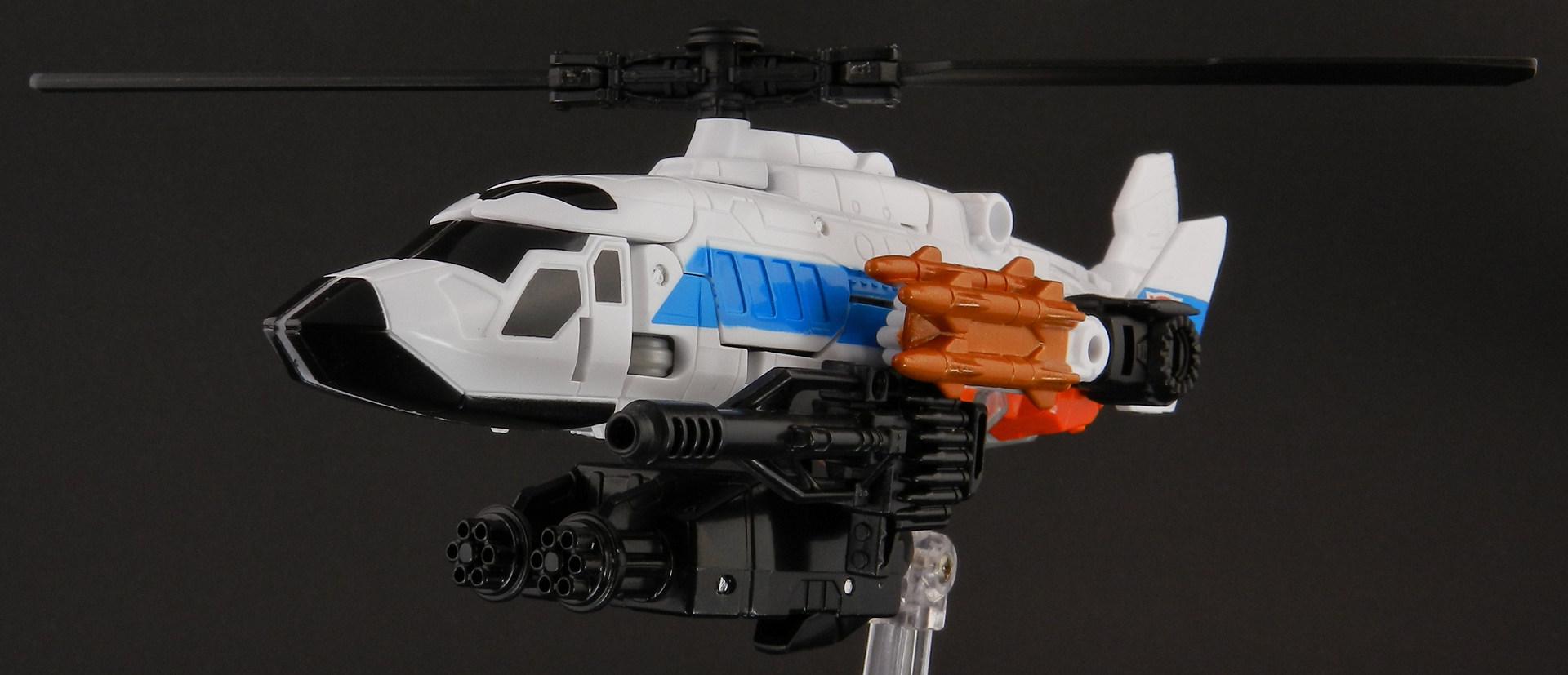 Transformers Alpha Bravo - Combiner Wars - Hasbro (CERBERUS Review) Alpha-Bravo-Helicopter-17_1420320241
