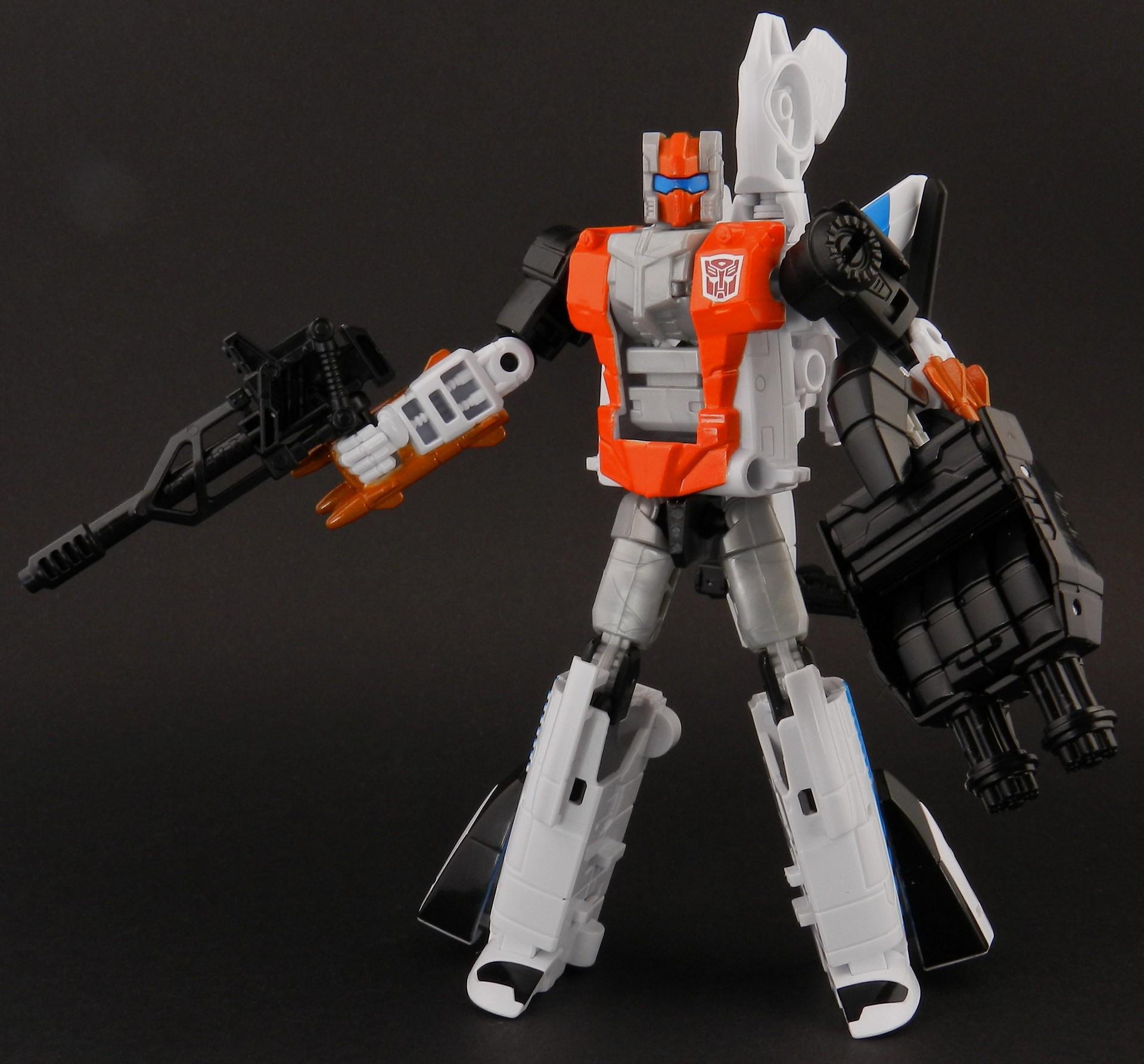 Transformers Alpha Bravo - Combiner Wars - Hasbro (CERBERUS Review) Alpha-Bravo-Robot-48_1420320241