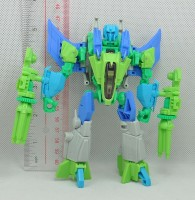 Fall-of-Cybertron-Starscream-Prototype