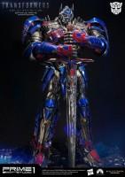 Transformers-AoE-Optimus-Prime-Knight-Statue-003