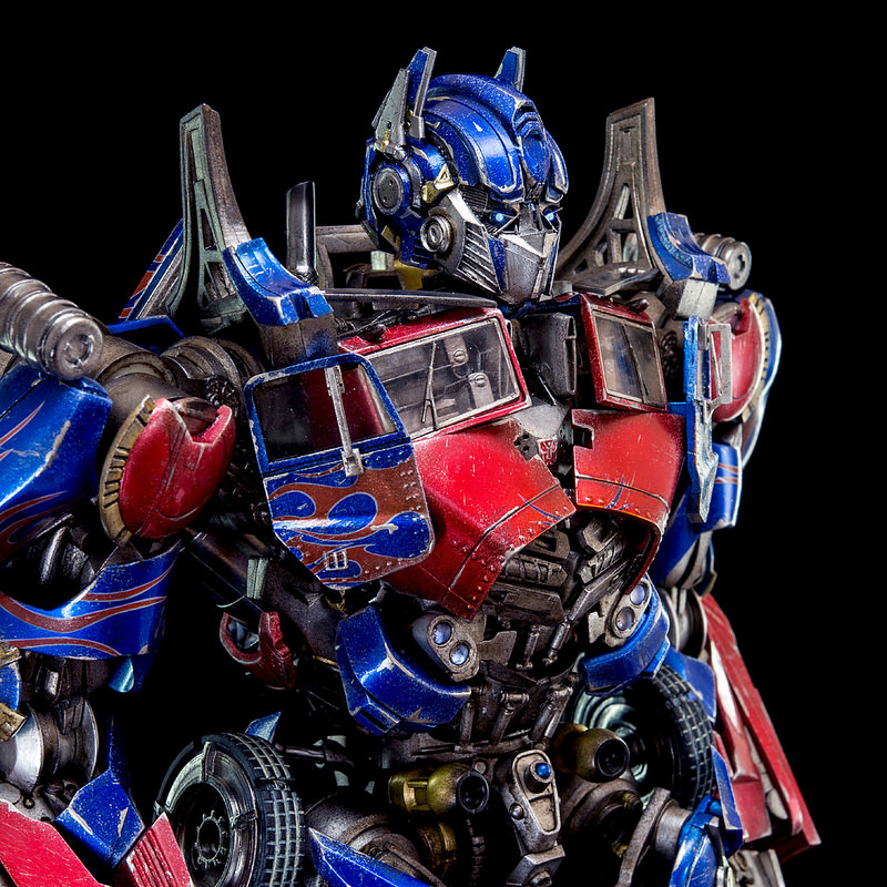 Figurines des Films Transformers ― Par 3A, Comicave Studios, etc 3A-Dark-of-the-Moon-Optimus-Prime-006