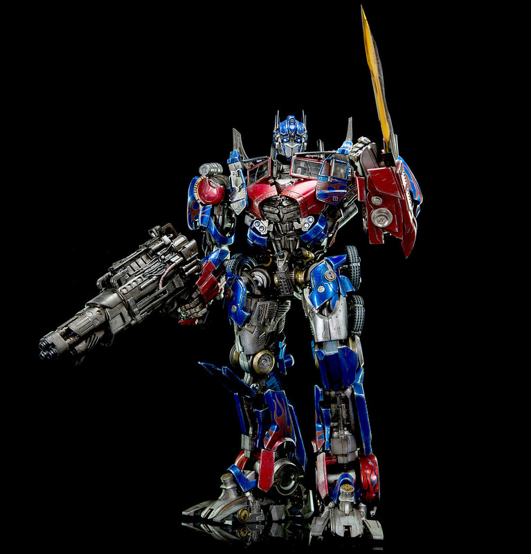 Figurines des Films Transformers ― Par 3A, Comicave Studios, etc 3A-Dark-of-the-Moon-Optimus-Prime-012