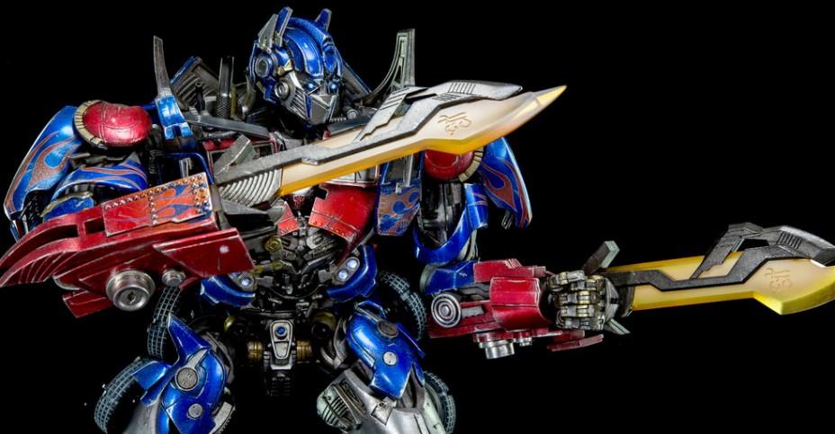 3A Dark of the Moon Optimus Prime 013
