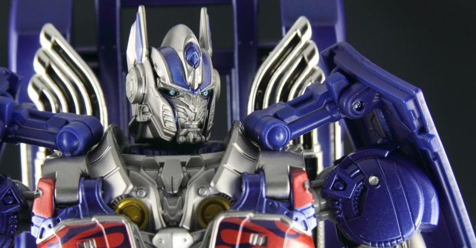 ArmorKnightOptimusPrime51