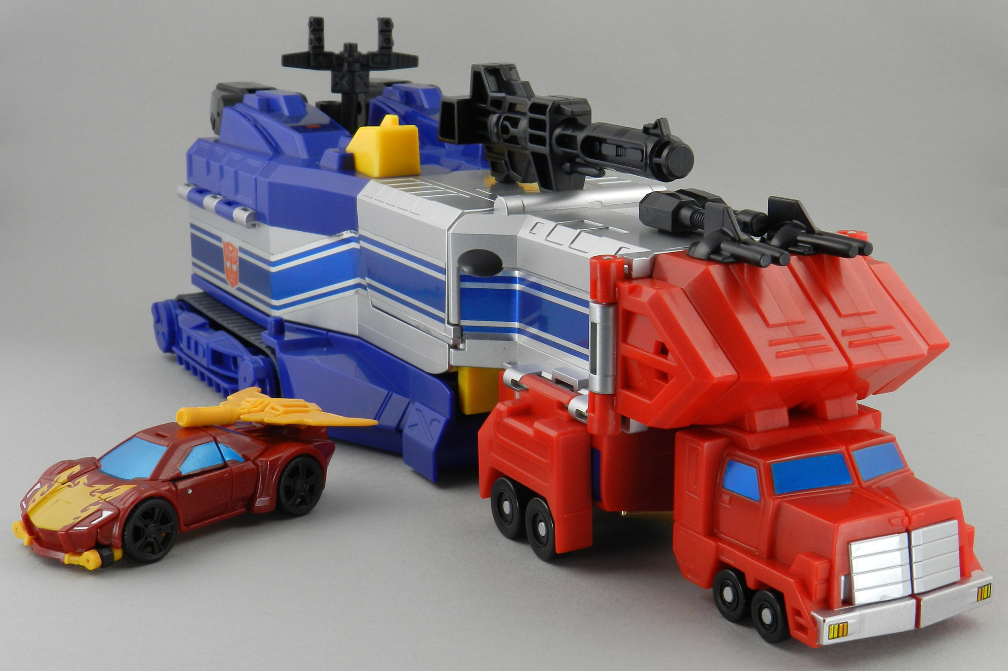 How Much To Repaint A Car >> TFW's Combiner Wars Rodimus In-Hand Gallery - Transformers ...