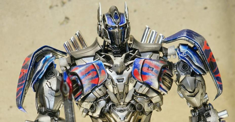 SDCC 2015 Comicave Studios Transformers 009