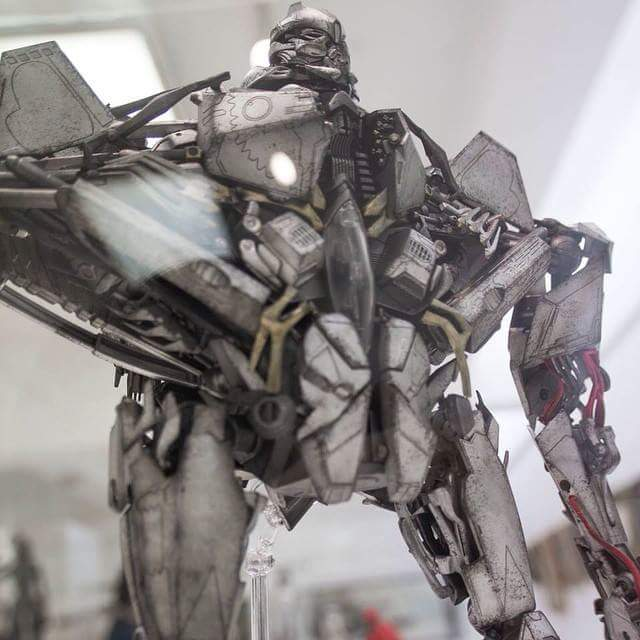 Figurines des Films Transformers ― Par 3A, Comicave Studios, etc 3A-Starscream-01