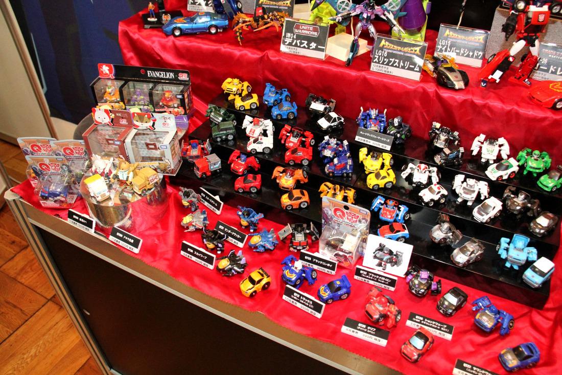 Japanese Transformers Toys : Upcoming takara transformers on display at japanese