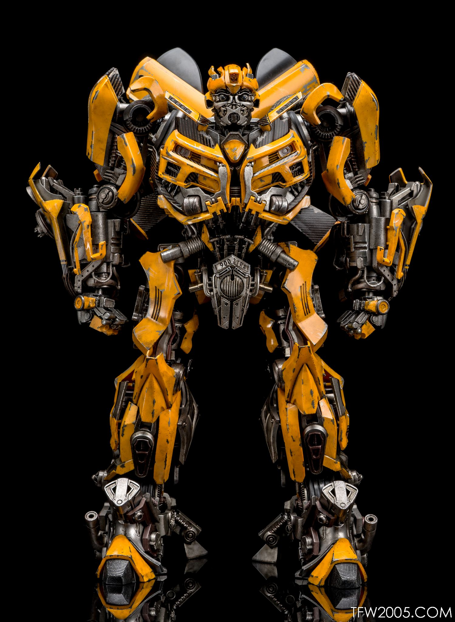 Review 3a threea transformers optimus prime dark of the moon dotm - 3a Bumblebee 011