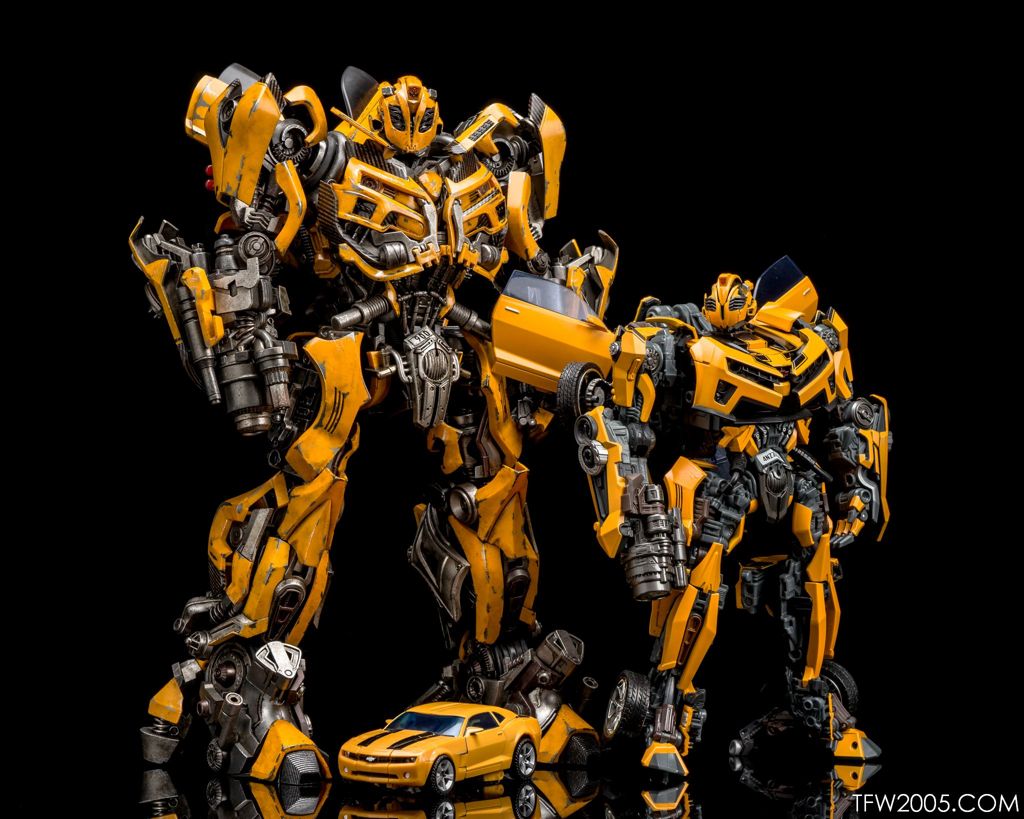 Review 3a threea transformers optimus prime dark of the moon dotm - 3a Bumblebee 072