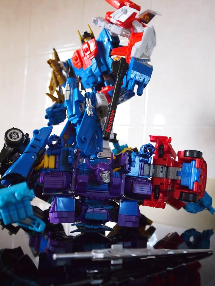 Jouets Transformers Generations: Nouveautés Hasbro - Page 21 G2-Superion