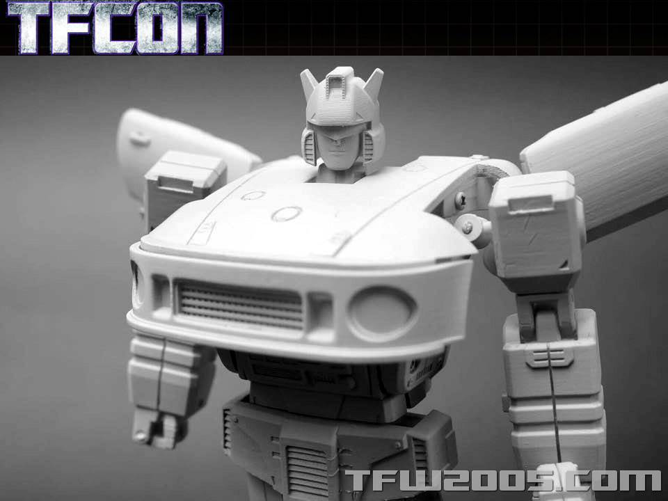 [Transform Dream Wave/Transform and Rollout] Produit Tiers - Jouet TR-01 Agent Meister aka Jazz/Saxo TFCon-USA-2015-308