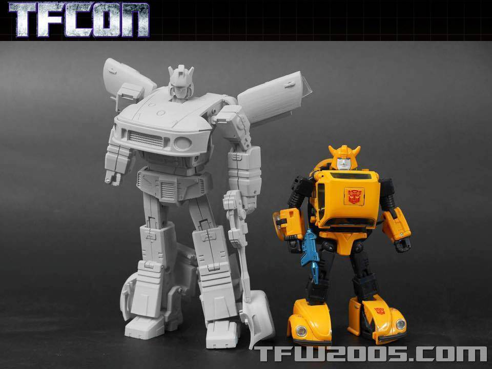 [Transform Dream Wave/Transform and Rollout] Produit Tiers - Jouet TR-01 Agent Meister aka Jazz/Saxo TFCon-USA-2015-310