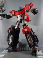 Optimus Prime Supreme Mode 8