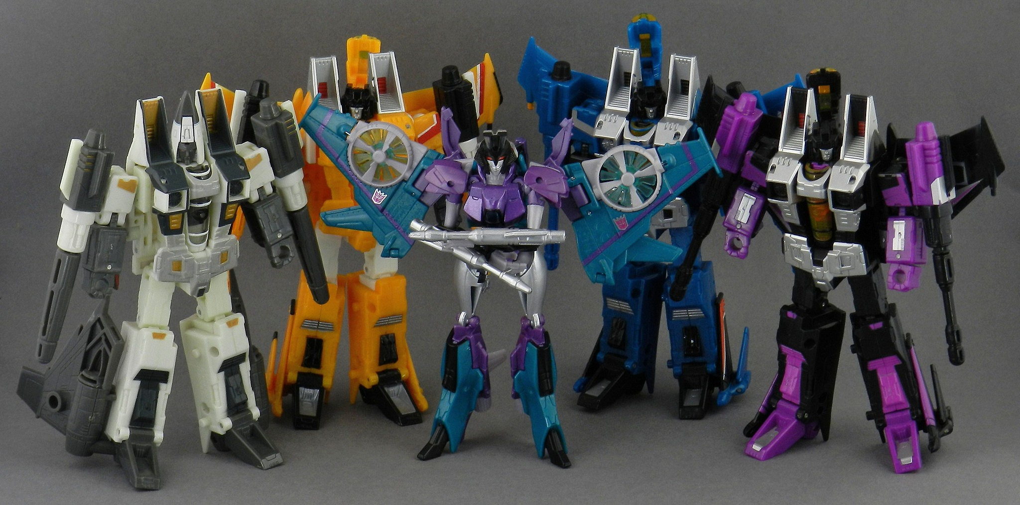 Transformers Legends Slipstream In-Hand Gallery