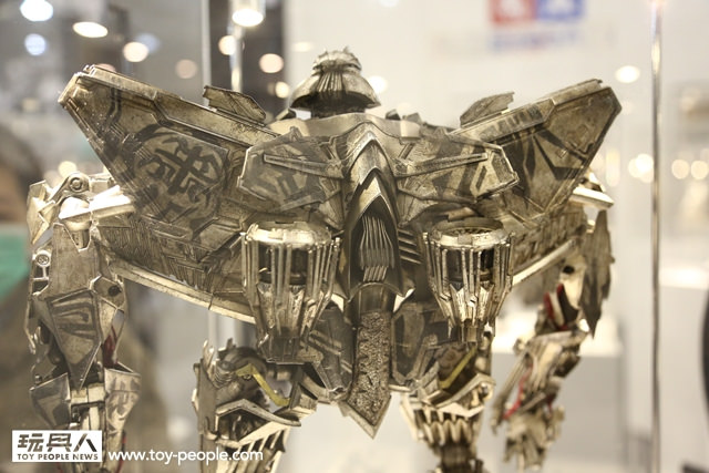Figurines des Films Transformers ― Par 3A, Comicave Studios, etc 3A-Starscream-3