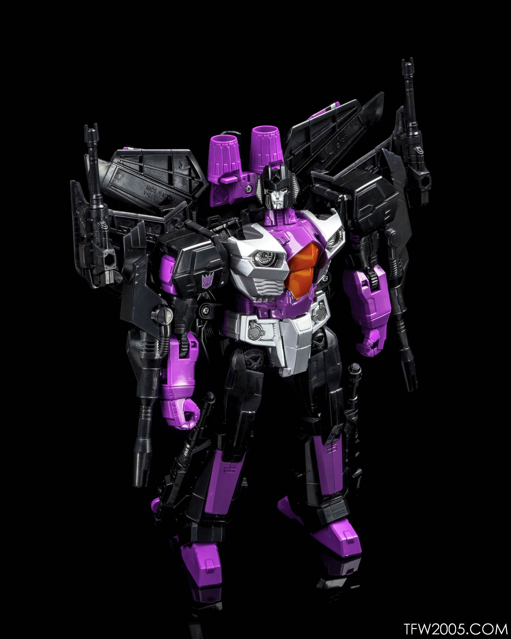 CW Skywarp 18