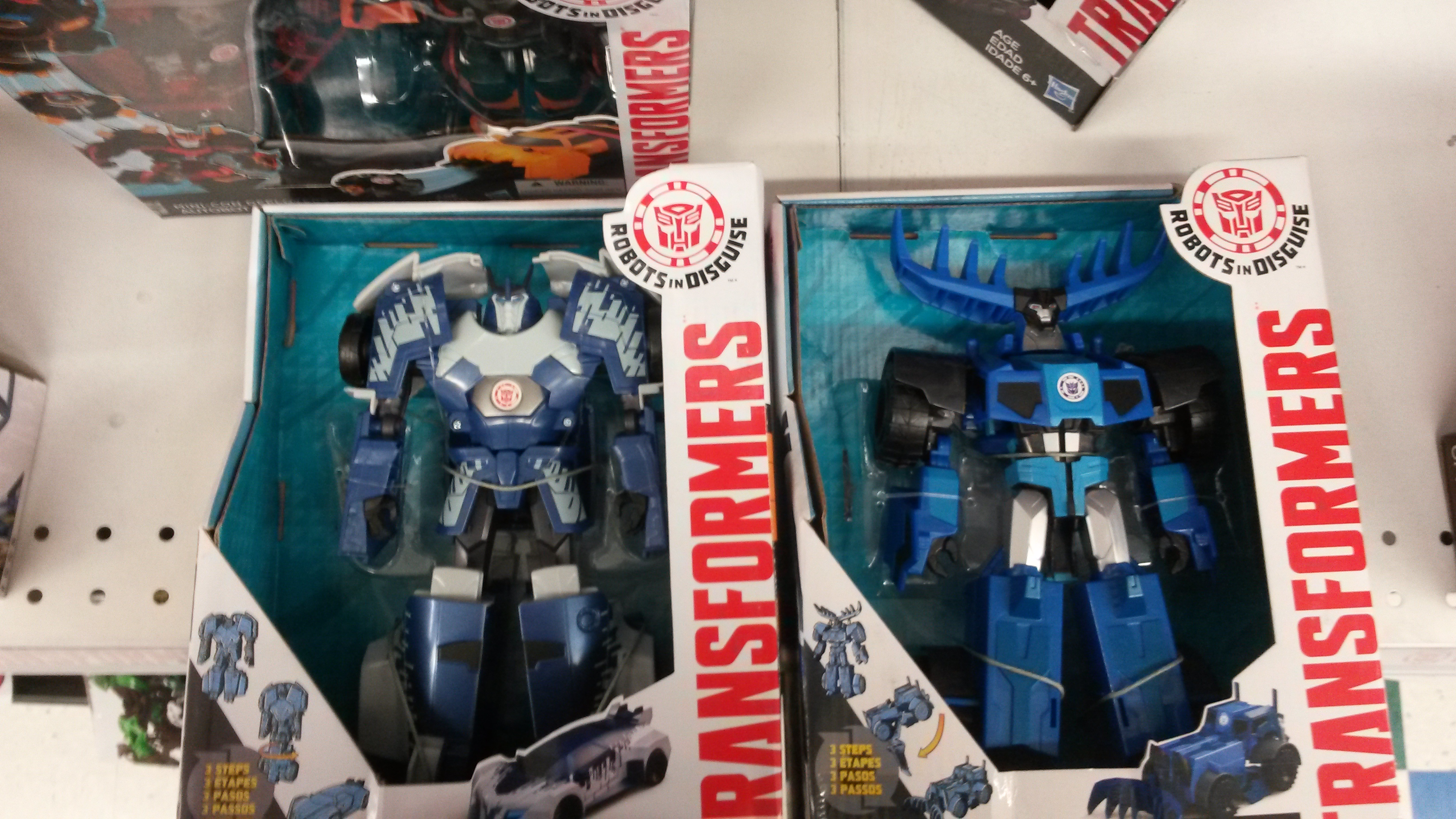 Transformers News from TFW2005 com - Page 727 - Toy Discussion at