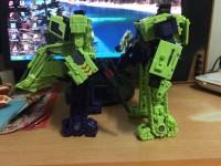 Bulldozer Unearth 02
