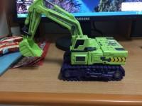 Bulldozer Unearth 04