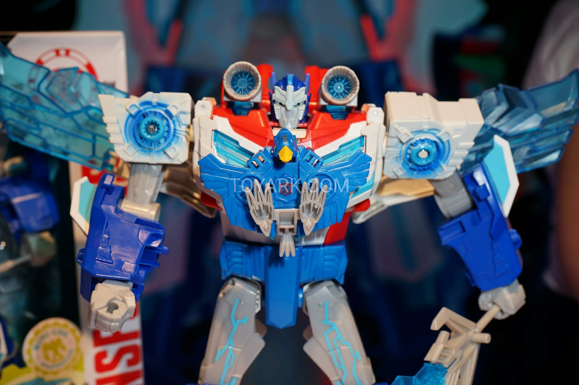 Toy Fair 2016 Robots in Disguise