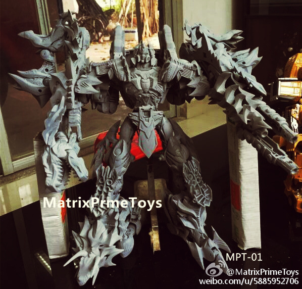 Jouets KO/Bootleg/Knockoff des Films - Page 2 Matrix-PrimeToys-Dino-01-Combiner