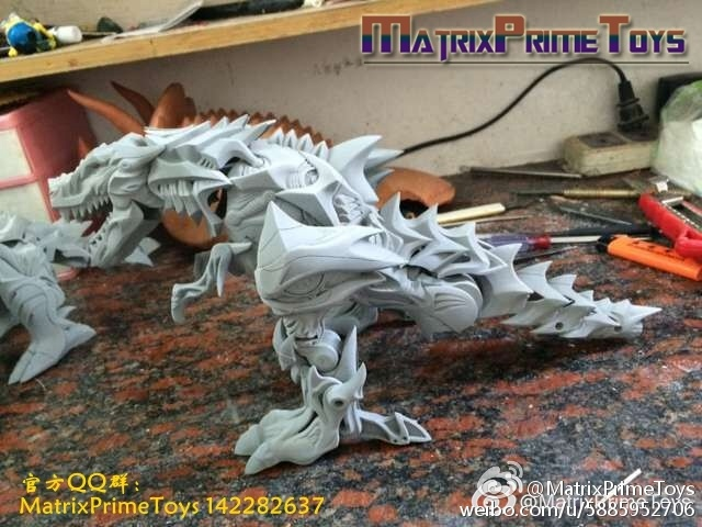 Jouets KO/Bootleg/Knockoff des Films - Page 2 MatrixPrimeToys-Dino-07-MPT-01A-Grimock-Dino-B