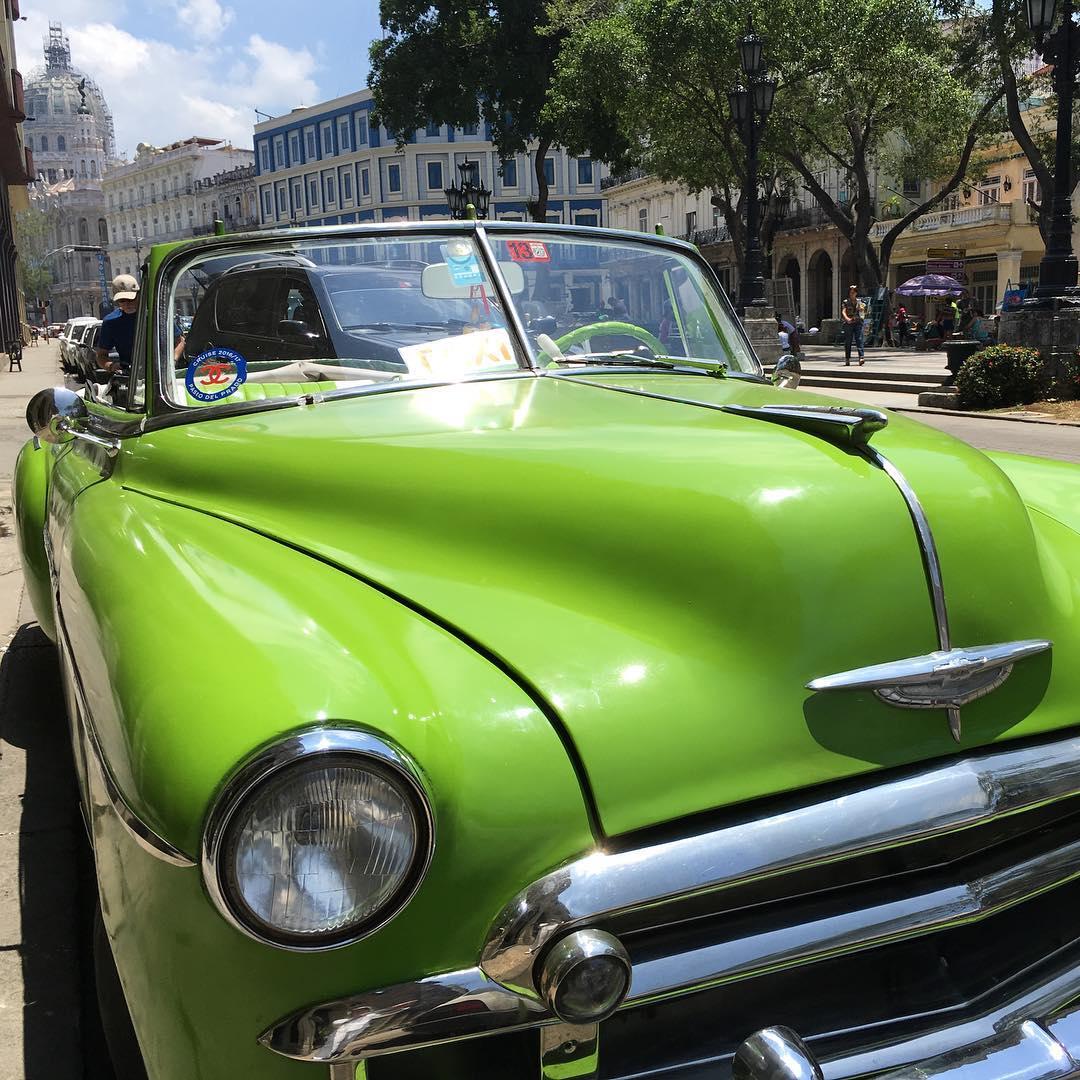 Michael Bay Transformers 5 The Last Knight Havana Cuba