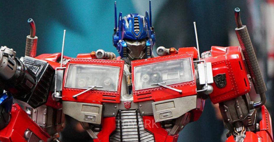 SDCC 2016 Prime 1 Studio Optimus 002