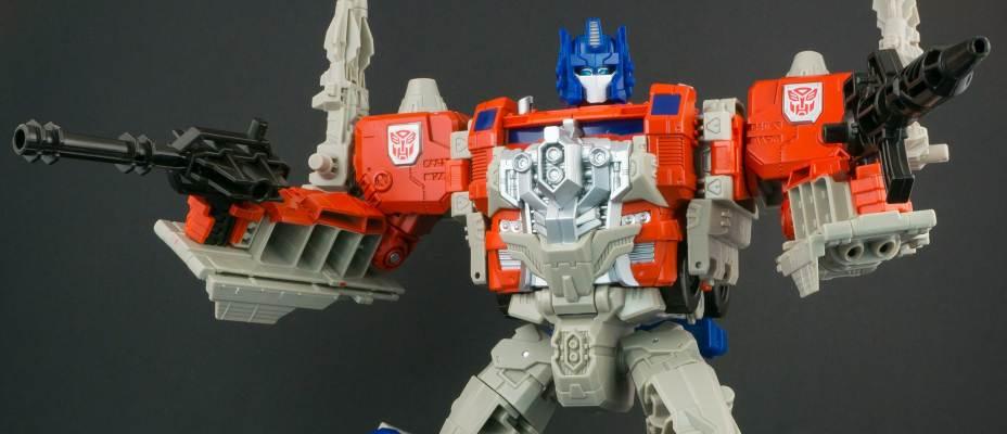 Titans Return Powermaster Optimus Prime in-hand gallery