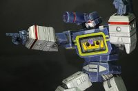 Imaginarium Arts Soundwave Statue Colored 08