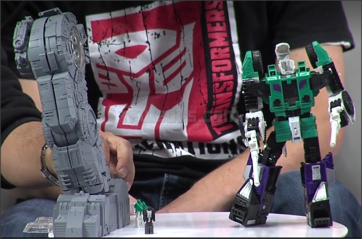 Hasbro Transformers Live Panel NYCC2016 Trypticon