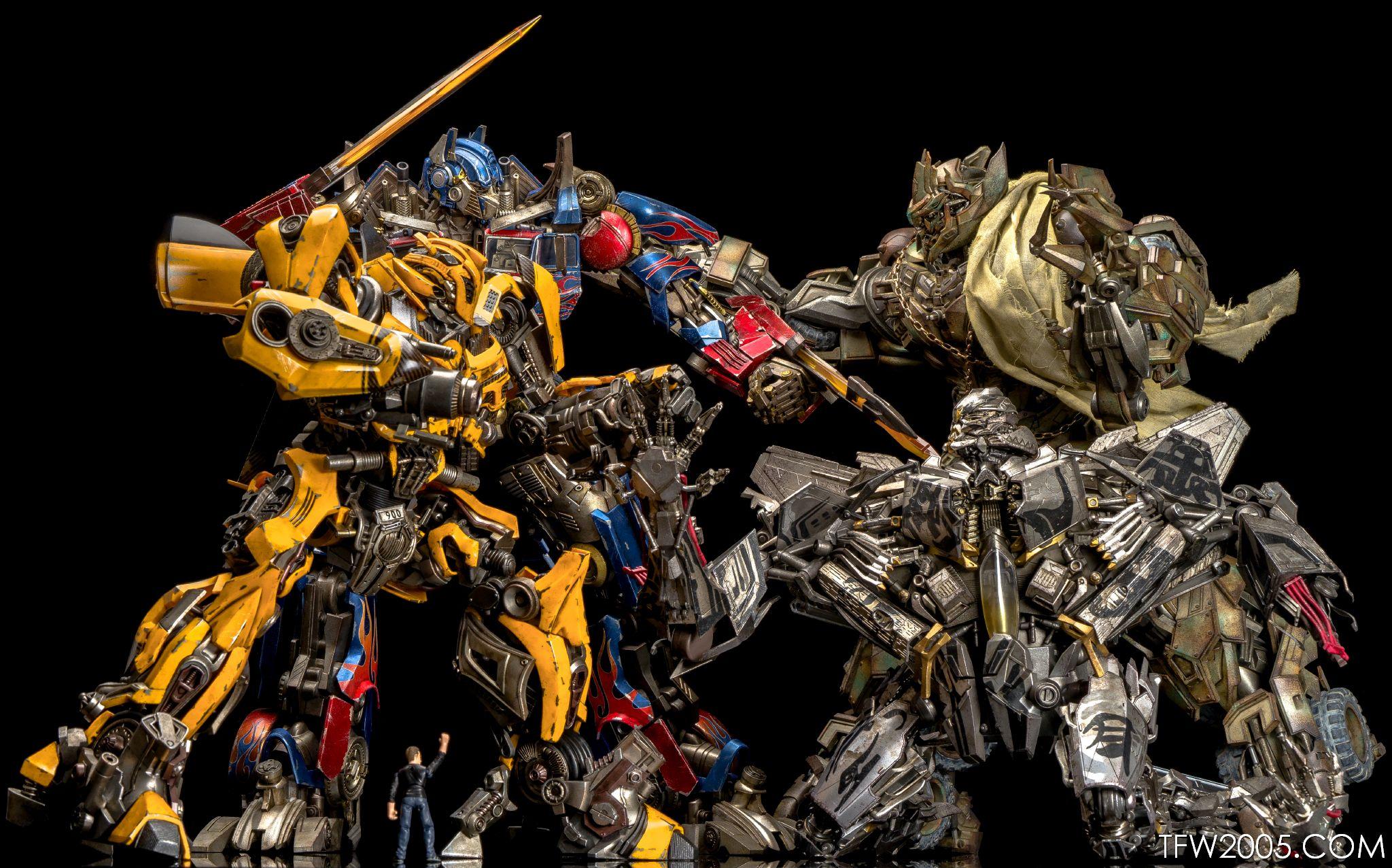 3A Transformers Starscream In-Hand Gallery - Transformers ...
