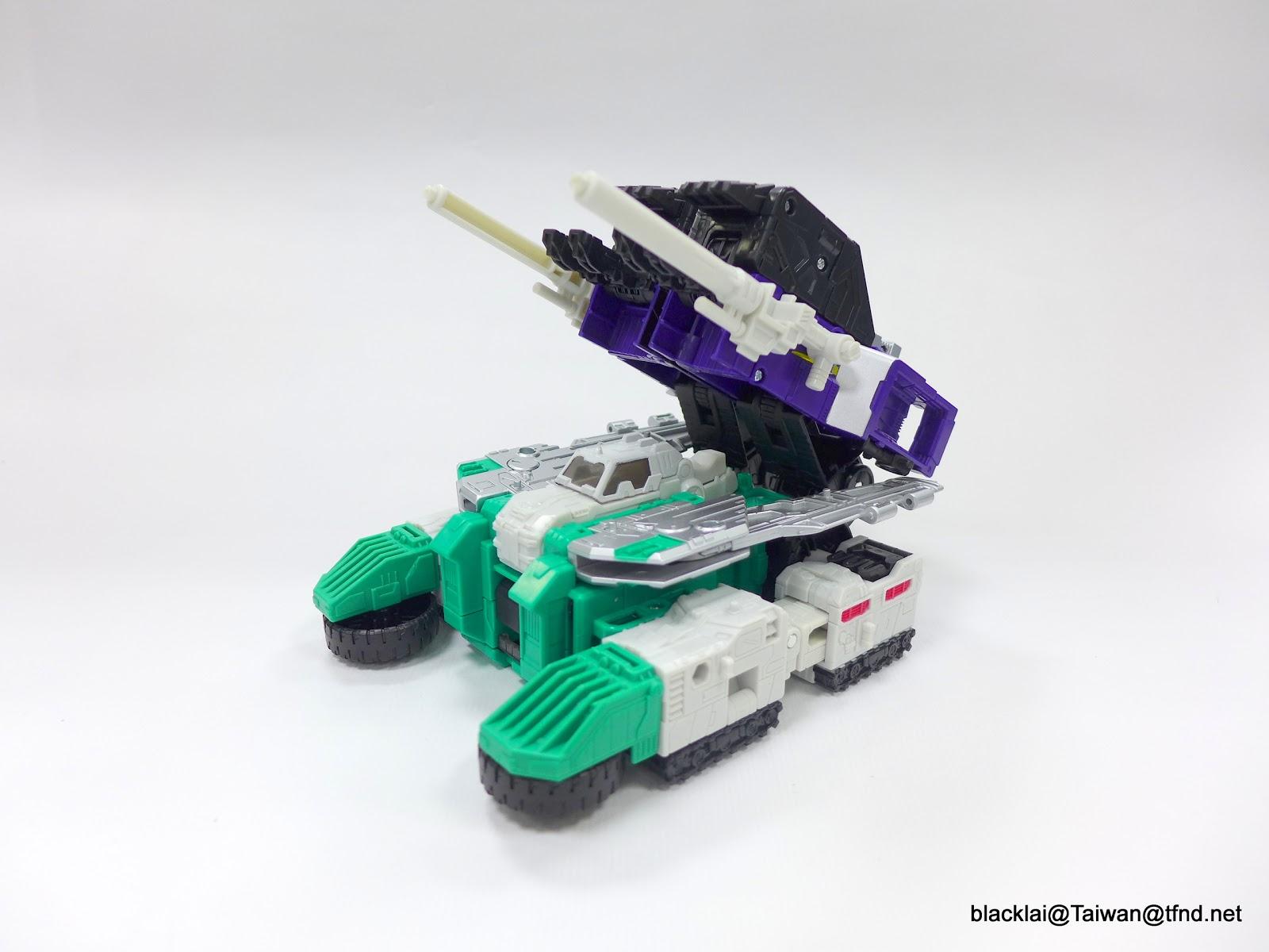 Jouets Transformers Generations: Nouveautés Hasbro - Page 40 P1500982