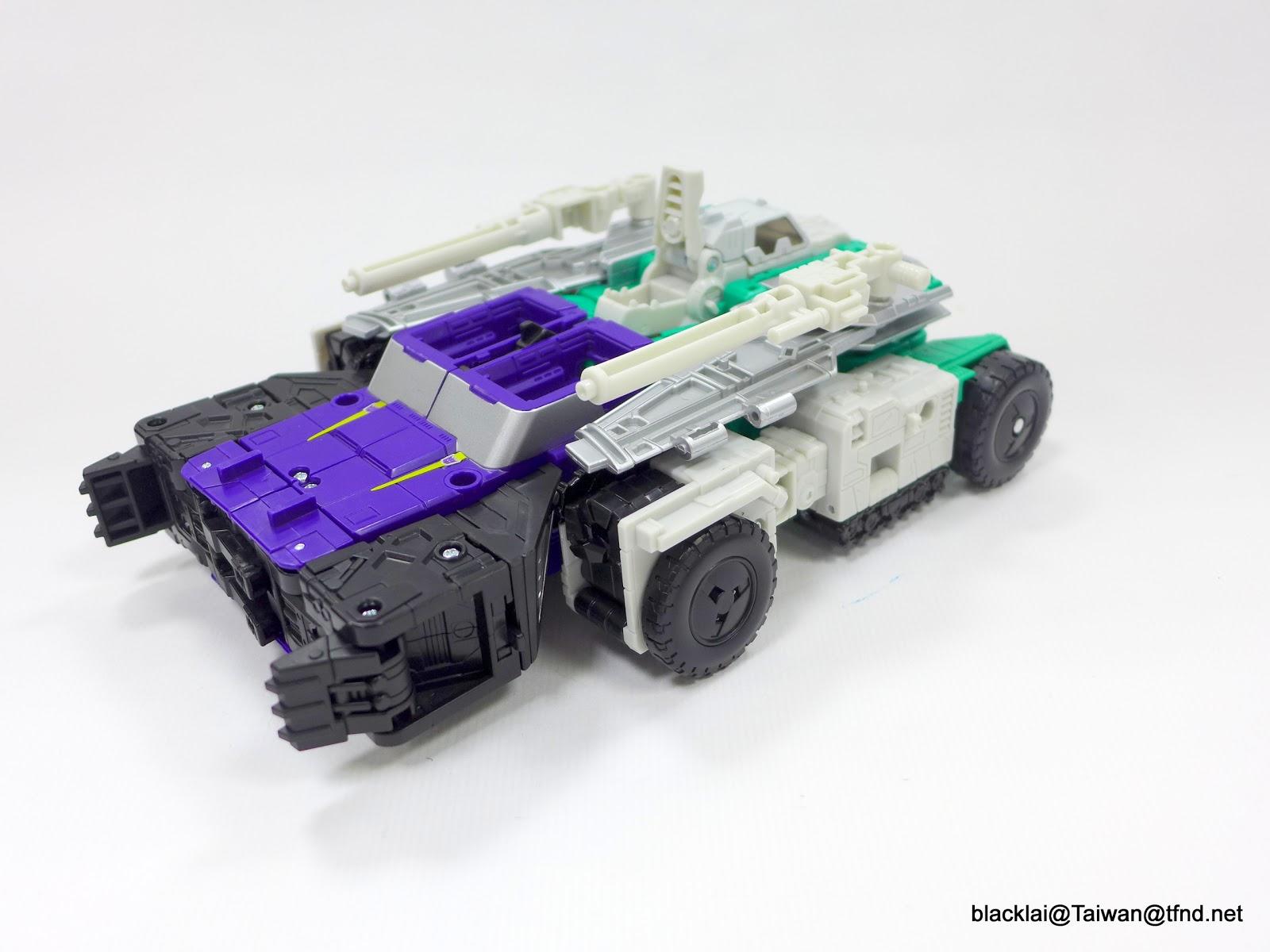 Jouets Transformers Generations: Nouveautés Hasbro - Page 40 P1510004
