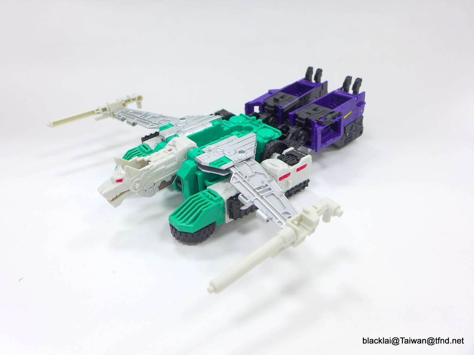 Jouets Transformers Generations: Nouveautés Hasbro - Page 40 P1510026