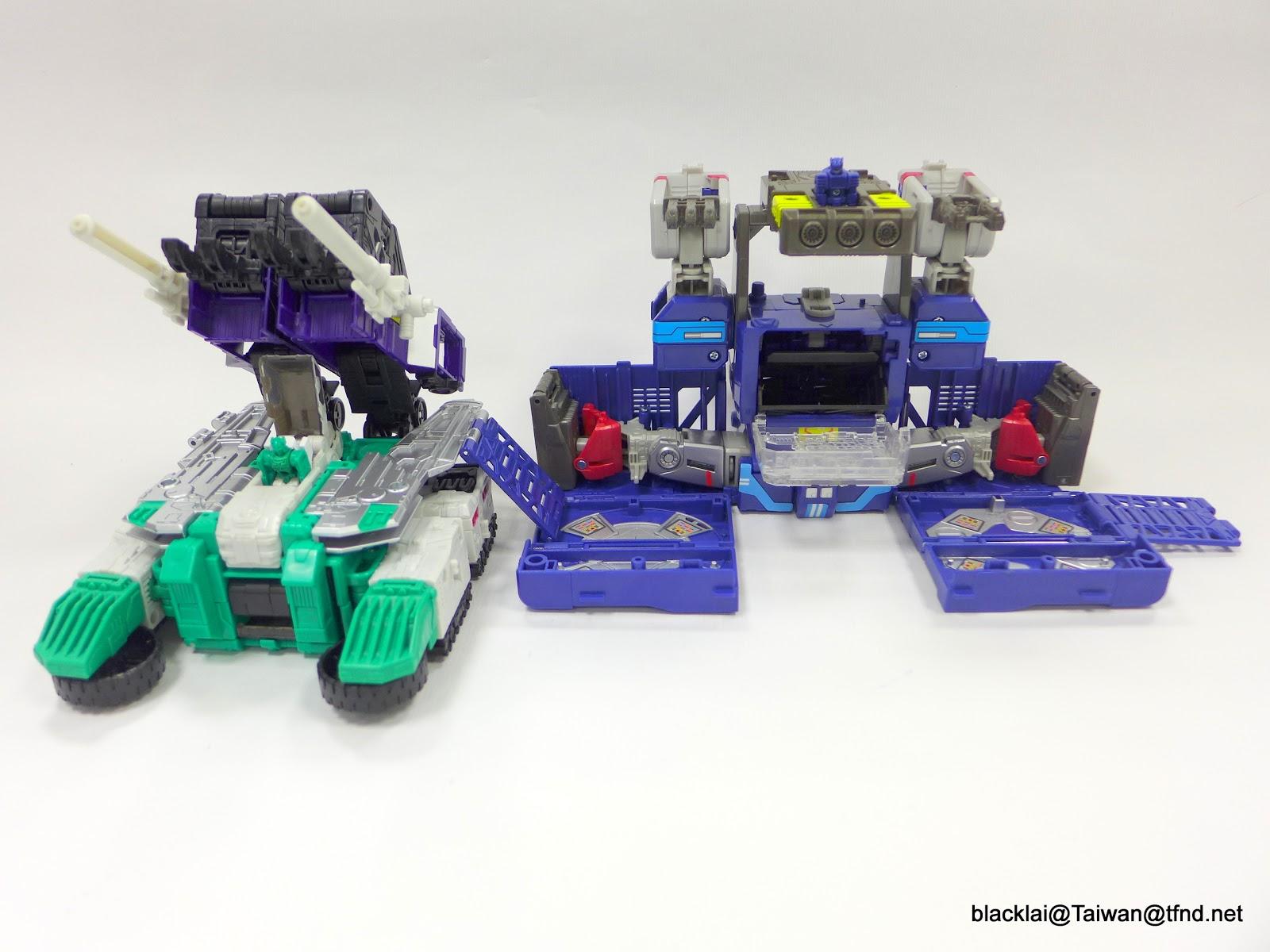 Jouets Transformers Generations: Nouveautés Hasbro - Page 40 P1510031
