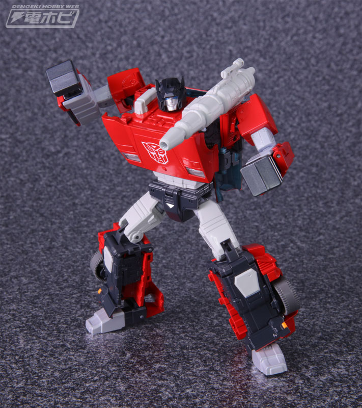 Masterpiece MP-12+ Sideswipe Official Images