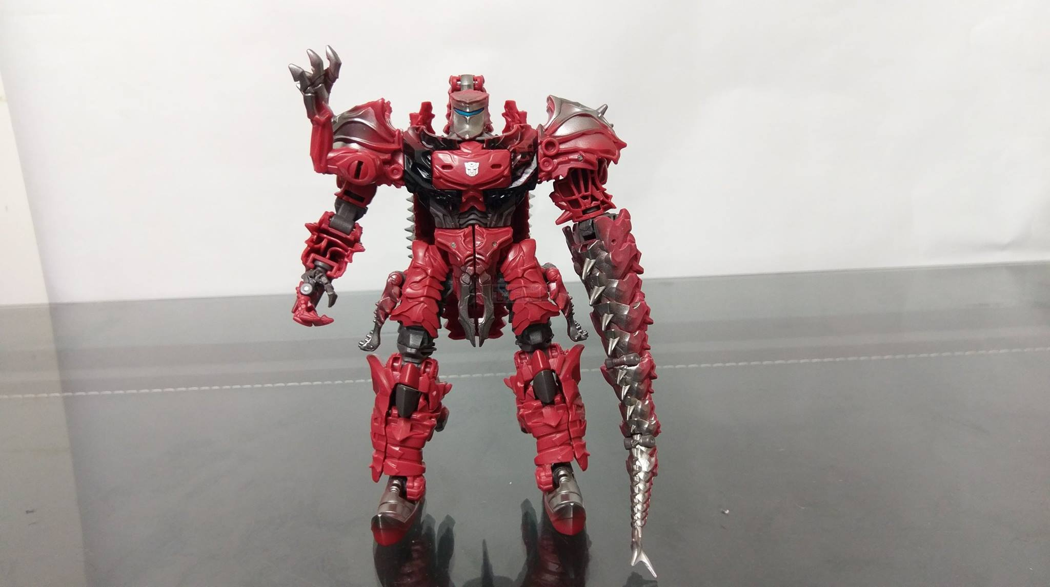 transformers the last knight voyager class scorn inhand