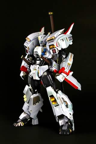 [Flame Toys] Figurines Drift, Optimus, Tarn, Star Saber, etc (non transformable - autorisé par Hasbro) Flame-Toys-Drift-001