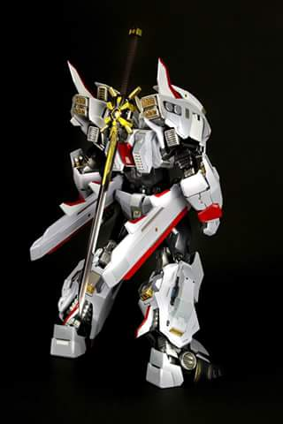 [Flame Toys] Figurines Drift, Optimus, Tarn, Star Saber, etc (non transformable - autorisé par Hasbro) Flame-Toys-Drift-002