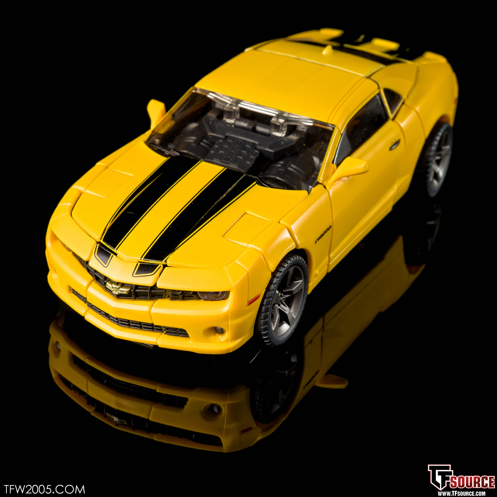 Mpm 3 Bumblebee Transformers Masterpiece Photo Review