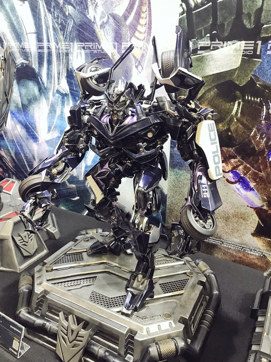 prime 1 studio transformers statues on display at tokyo comic con